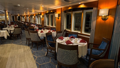 Dining Room in the Ocean Adventurer2